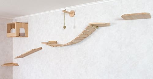 wand kratzbaum aus holzelementen wandpark f r katzen. Black Bedroom Furniture Sets. Home Design Ideas
